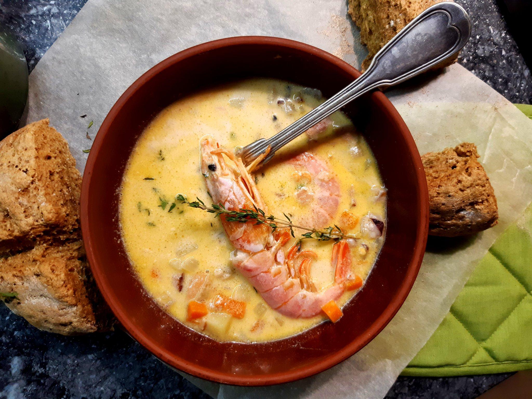 Ирландский суп чаудер с морепродуктами (Irish Seafood Chowder)