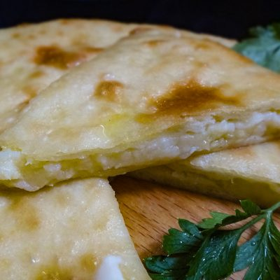 Осетинские пироги с картошкой и сыром - рецепт пошаговый с фото