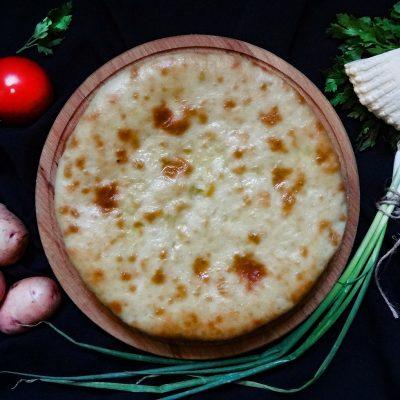 Картофджын. Осетинский пирог с сыром и картофелем (Ossetian Pie with Potatoes and Cheese)