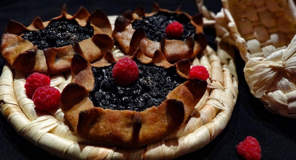 Карельские открытые пирожки с ягодной начинкой - рецепт пошаговый с фото