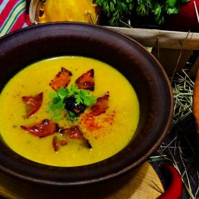 Сопа де Калабаса – Мексиканский тыквенный суп с чоризо (Mexican Pumpkin and Chorizo Soup)