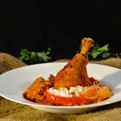Курица по-баскски (Poulet Basquaise)
