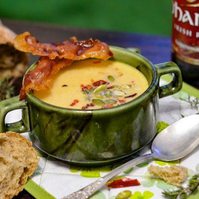 Ирландский суп: красный эль, чеддер и картофель (Irish Red Ale, Cheddar and Potato Soup)